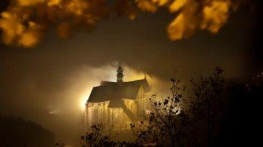 Timelapse foggy church — Stock Video