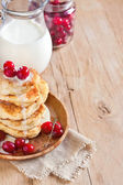 Russian quark pancakes background — Stock Photo