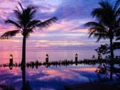 Sunset over the Andaman Sea. view from an infinite pool — Stock Photo