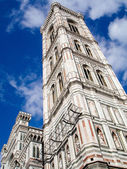 Cathedrale Santa Maria del Fiore in Florence, Italy. tower view — Stock Photo