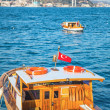Fischerboot am Bosporus in Istanbul — Stock Photo