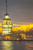 Abendstimmung am Leanderturm in Istanbul — Stock Photo