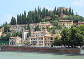 Landscape view of castle at river in Verona — Stock Photo