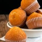 Homemade golden muffins — Stock Photo #47002573