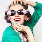 Beauty girl portrait with funny sunglasses — Photo