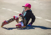 Little boy on rollerblade — Stockfoto