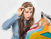 Shopping woman shocked — Stock Photo