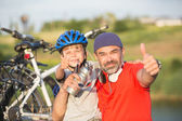 Father and son having fun outdoors — Stock Photo