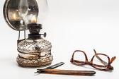 Lamp and razor — ストック写真