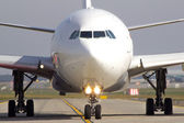Aircraft on taxiway — Stock Photo
