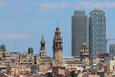 Architectural contrasts. Barcelona, Spain — Zdjęcie stockowe