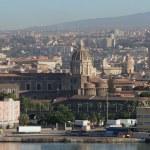 Cathedral and city. Catania, Sicily, Italy — Stock Photo #50953353