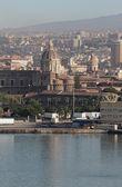 ポート、大聖堂、市内。カターニア、シチリア島、イタリア — ストック写真