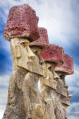 Five moais with red hats in Easter Island — Stock Photo