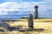 Two Moais in the sea bank in Easter Island — Stock Photo