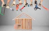 Selección de herramientas en forma de una casa — Foto de Stock