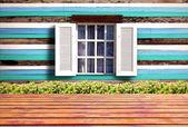 Aprire la finestra — Foto Stock