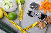 Concept of healthy nutrition, weight loss and beach — Stock Photo