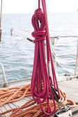 Mooring rope tied on boat — Stock Photo