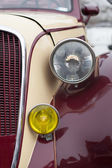 Close up detail of a vintage car — Stock Photo