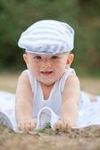戴着帽子的微笑宝贝 — 图库照片