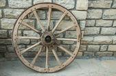 Roda de madeira — Fotografia Stock