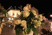 Flowers near Taormina cathedral — Foto de Stock