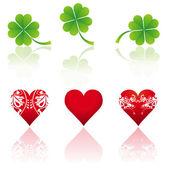 Three hearts and three shamrocks, vector illustration — Vector de stock
