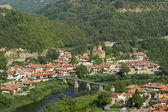 Landscape with houses in Veliko Tarnovo, Bulgaria — Stock Photo