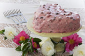 Heart Cake with Flowers — Stock Photo