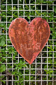 Rusty heart shape — Stockfoto
