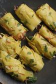 Khandvi - A gram flour and buttermilk preparation from Gujarat — Stock Photo