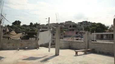 Drifting shot of Port au Prince, Haiti. — Stok video