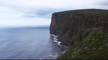St Johns Head sea cliffs in Orkney, Scotland — Stock Video