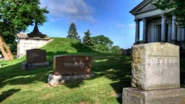 Motion Controlled timelapse view in a cemetary — Stock Video