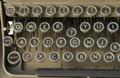 Qwerty keyboard on an old typewriter — Stock Photo