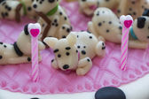 Figures Dalmatian puppies of marzipan — ストック写真