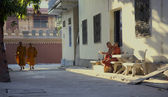 The Tibetan monks are in Vietnam — 图库照片