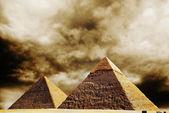 Fantasy scene of giza pyramids — Stock Photo