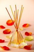 Diffuser and fragrance — Stock Photo