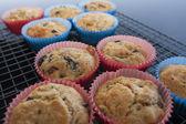 Baking vegetarian cupcakes — Stock Photo