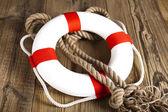 Aro salvavidas con cuerda — Foto de Stock
