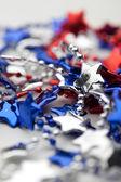 Красный белый и синий ожерелье — Стоковое фото