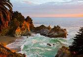 McWay Falls — Stock Photo