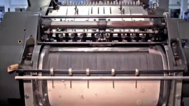 Press machine. — Video Stock