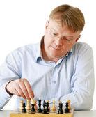 Man playing chess — Stockfoto
