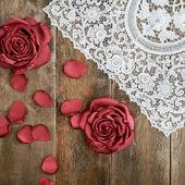 Vintage handmade flowers and vintage lace — Zdjęcie stockowe
