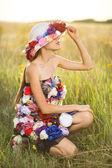 Fashion model posing — Stock Photo