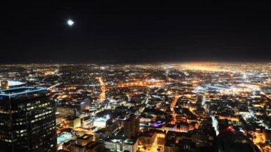 Downtown la gece cityscape zaman sukut ay yükselişi — Stok video