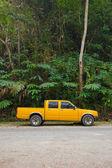 Yellow pick-up truck — Stock Photo